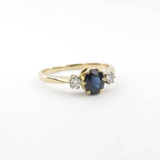 18ct yellow gold lady's sapphire and diamond ring