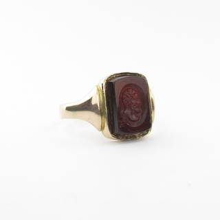 Men's 9ct yellow/rose gold antique carnelian signet ring