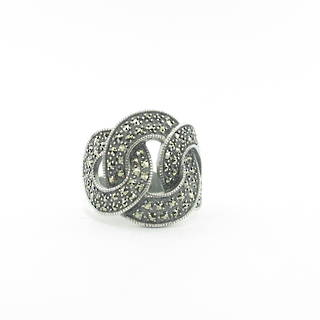 New sterling silver and marcasite cross over style ring