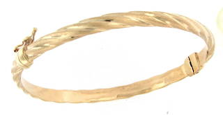 9ct yellow gold fancy hinged bangle