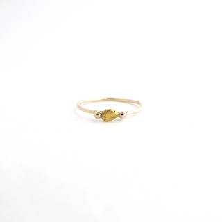 18ct yellow gold dress ring set with a 22ct nugget