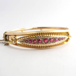 9ct rose gold antique glass & garnet doublet and ruby hinged bangle