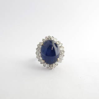 18ct white gold star sapphire and diamond ring