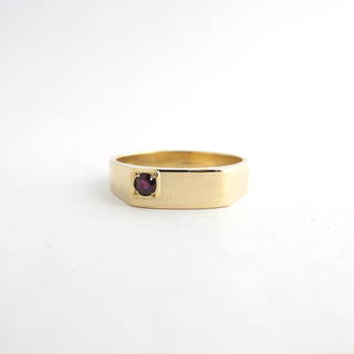 Men's 14ct yellow gold ruby set ring