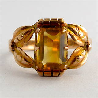 9ct yellow gold vintage style citrine ring