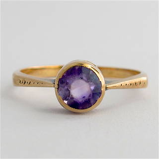 9ct rose gold vintage amethyst dress ring
