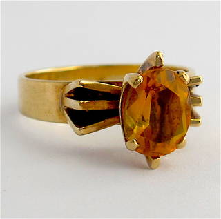 9ct yellow gold and citrine vintage dress ring