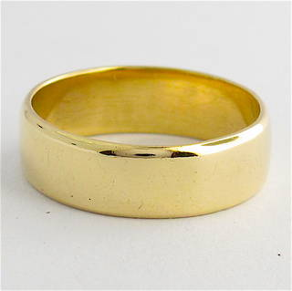 9ct yellow gold flat wide band