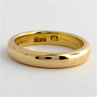 18ct rosey gold vintage band