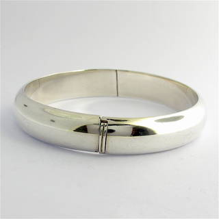 Sterling silver hinged bangle