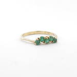 9ct yellow gold and natural emerald dress ring