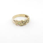 9ct yellow gold vintage style peridot ring