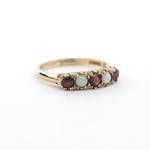 9ct yellow gold vintage opal and garnet ring