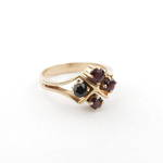 9ct yellow gold 4 x garnet ring
