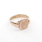 9ct rose gold engraved signet ring