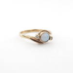 9ct yellow gold vintage opal and cubic zirconia ring