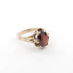 9ct yellow gold garnet set dress ring