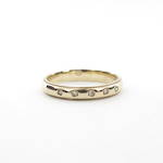 9ct yellow gold x5 diamond set ring
