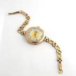 Women's watch with 9ct yellow gold case and bracelet