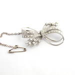 18ct white gold diamond bow brooch