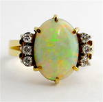 18ct yellow & white gold solid opal and diamond ring