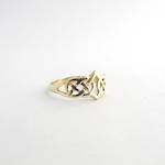 9ct yellow gold celtic style dress ring