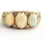 9ct yellow gold opal and diamond ring