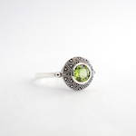 Brand new Sterling silver round peridot dress ring