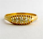 18ct yellow gold antique diamond ring