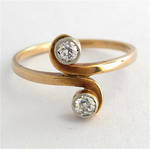 9ct yellow gold 2 stone antique diamond ring
