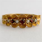 9ct yellow gold garnet and pearl antique style ring