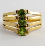 9ct yellow gold peridot stone set dress ring