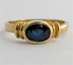 9ct yellow gold modern sapphire dress ring