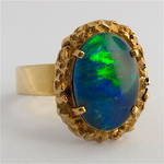 9ct yellow gold opal triplet ring