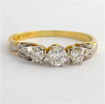 Vintage 18ct yellow gold x3 diamond fancy ring