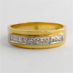 18ct yellow & white gold diamond band
