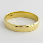 9ct yellow gold band