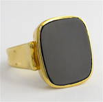 18ct yellow gold and onyx dress ring