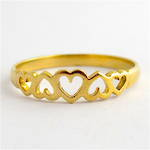 9ct yellow gold heart motif dress ring