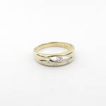 14ct yellow and white gold diamond set ring