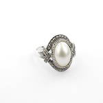 Brand new sterling silver marcasite and mabe pearl vintage style dress ring