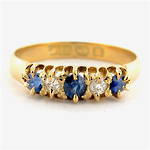 18ct yellow gold antique sapphire and diamond set ring